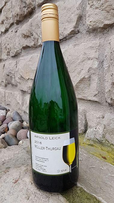 20016 Müller-Thurgau lieblich Literflasche